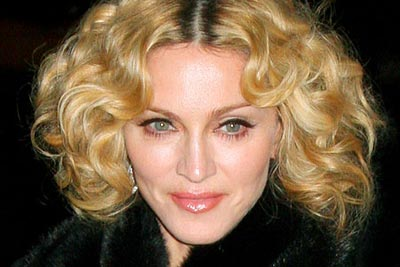 Madonna summoned to appear in Russian court for 'promoting homosexuality'